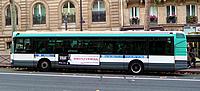 Ônibus em Paris peq