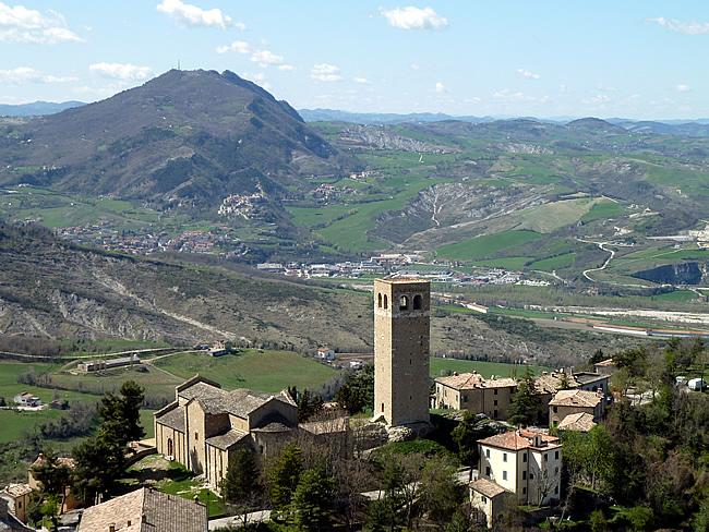 A Idade Média na Itália: San Leo, Emilia-Romagna-Itália