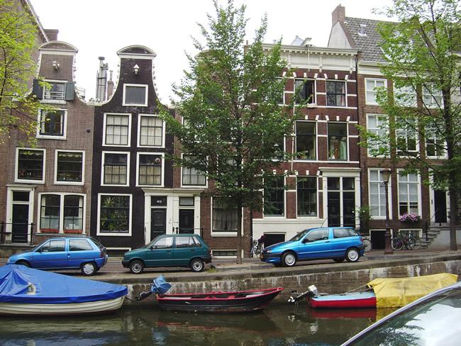 Arquitetura inconfundível de Amsterdã