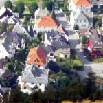 Casas nas escostas de Bergen, na Noruega