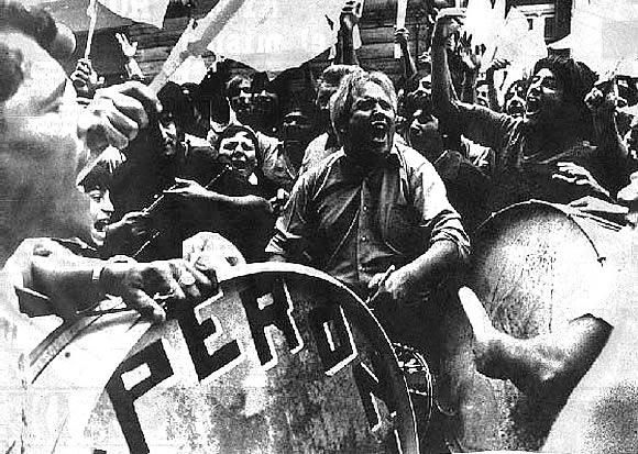Manifestação peronista em Buenos Aires