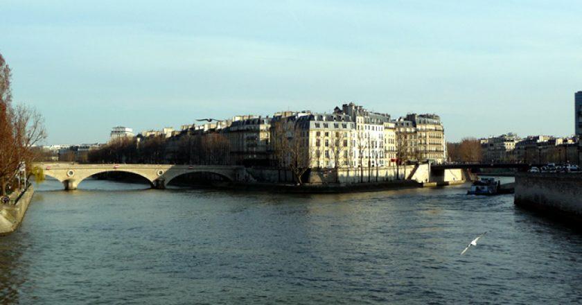 Île Saint-Louis, vista do Sena, Paris