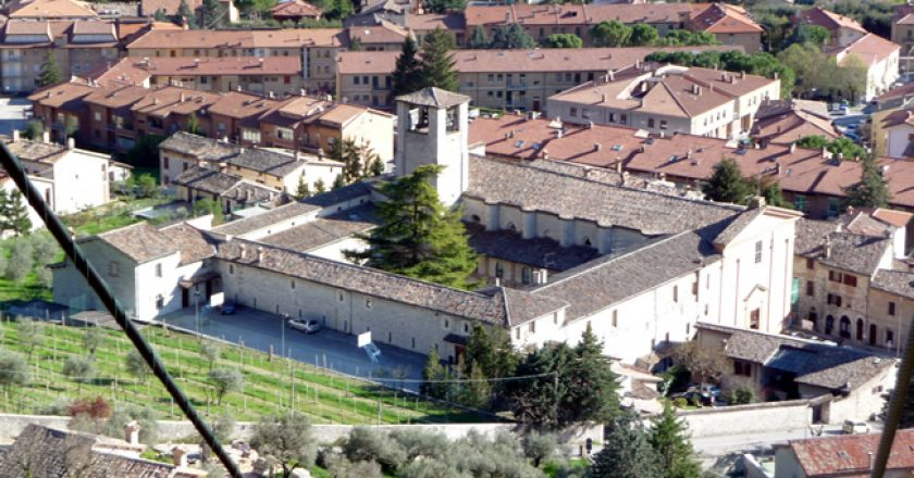 Gubbio vista do alto, Itália